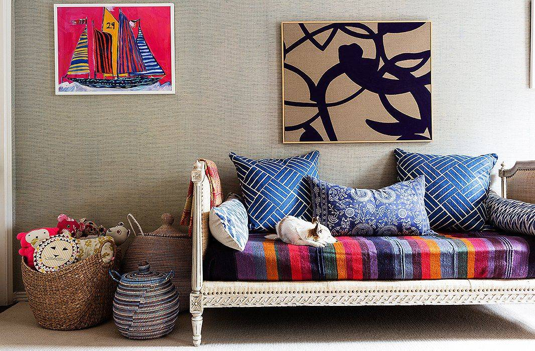 7 Unexpected Ways to Decorate with Rugs 6