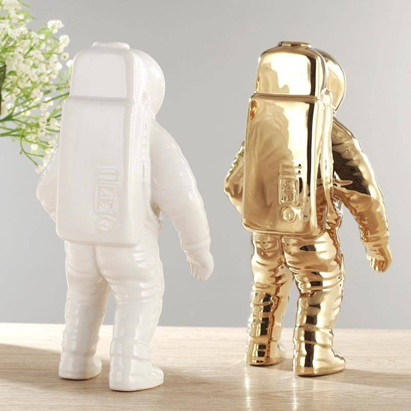 Modern Gold Ceramic Astronaut Statue – Modern Home Decoration Accessories