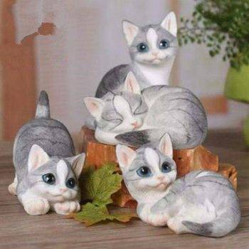 Lucky Resin Cat Statue Outdoor - Small Animal Statue 1