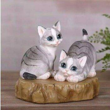 Lucky Resin Cat Statue Outdoor - Small Animal Statue 3