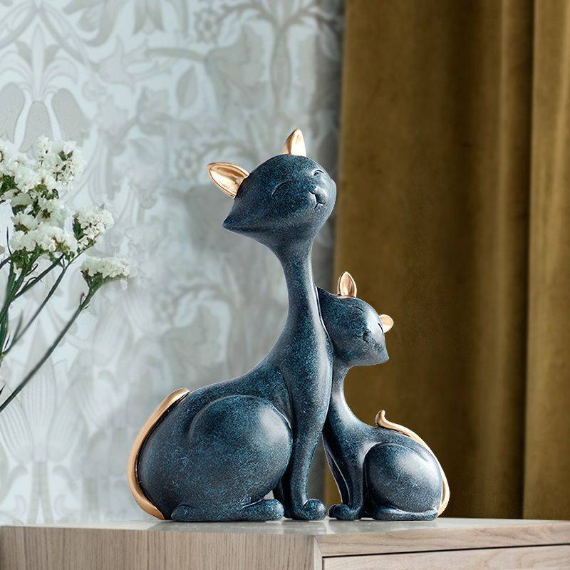 Vintage Blue/White Resin Cat Figurine For Office Desk – Statue Of Animal