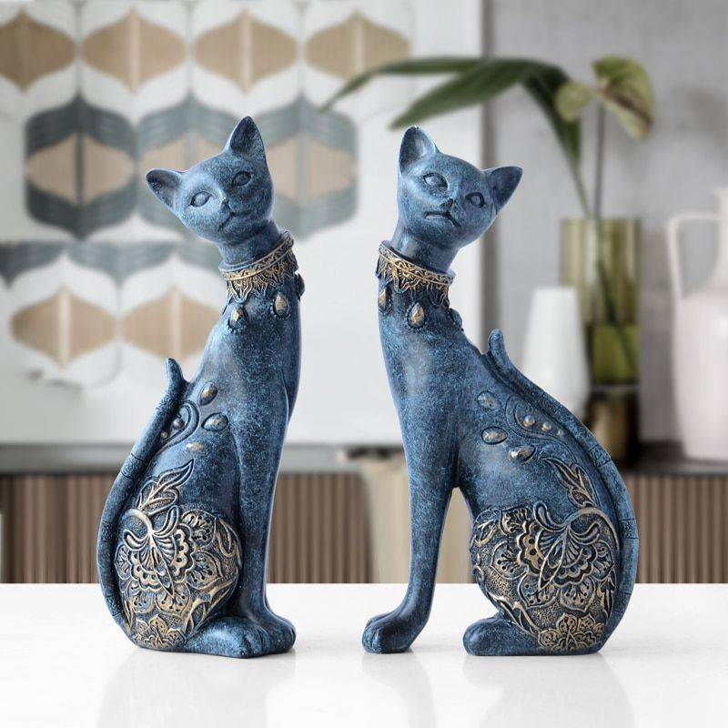 Lucky Blue/White Resin Cat Statues For Home Decor – Office Decor For Desk