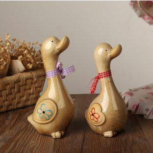 Ceramic Couple Duck Statue For Garden Decor – Statue For Home Decor